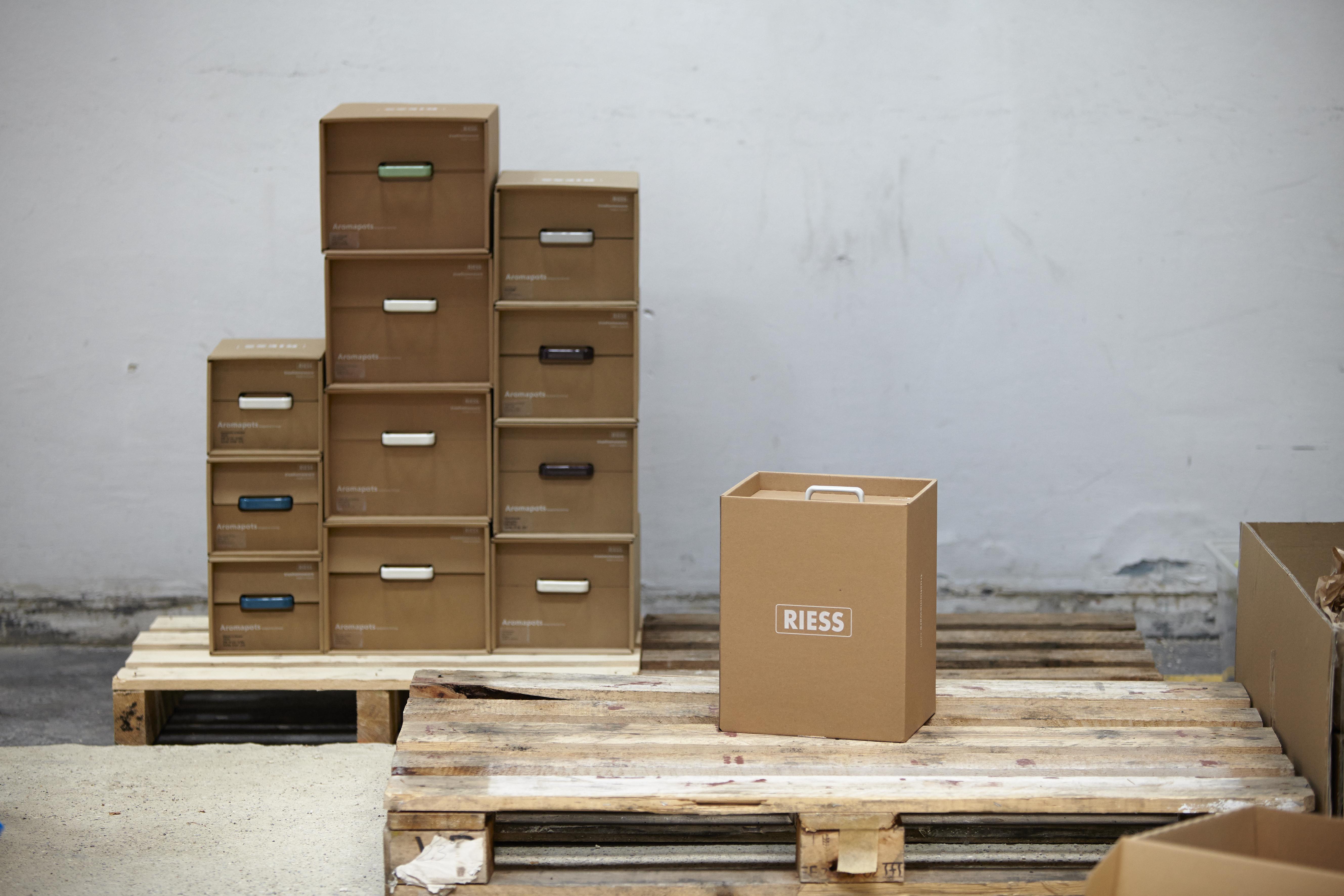 RIESS emaille verpackung umweltfreundlich karton aromapot