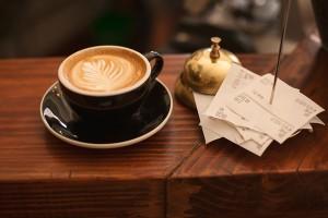 kaffeeliebhaber-bleywaren-onlineshop-geschenkideen-geschenktipps-schoen-kaffee-lecker-stelton-alfi-riess